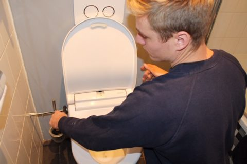 loodgieter Frank installatie douchewc